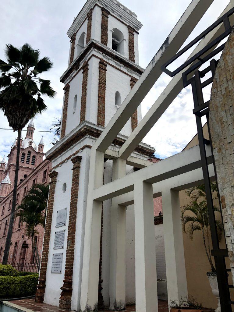 Una de las torres más antiguas de Buga